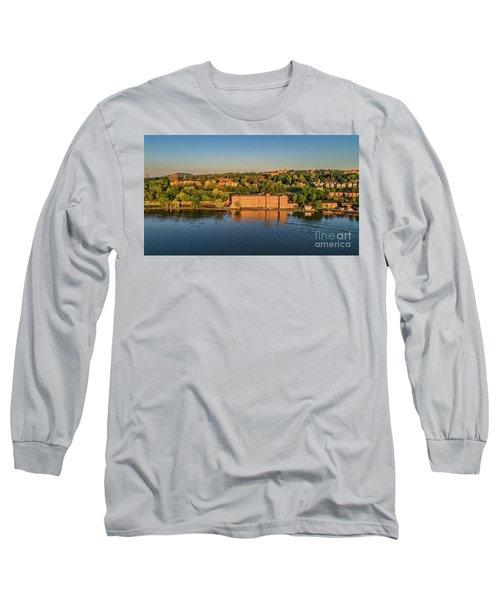 Newburgh Waterfront At Sunrise 2 Long Sleeve T-Shirt