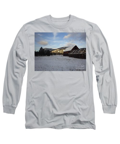 Long Sleeve T-Shirt featuring the photograph Old Barn 2 by Victor K