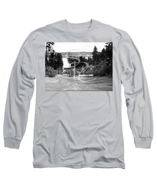Long Sleeve T-Shirt featuring the photograph Olympia Country Club 18th Hole by Merle Junk