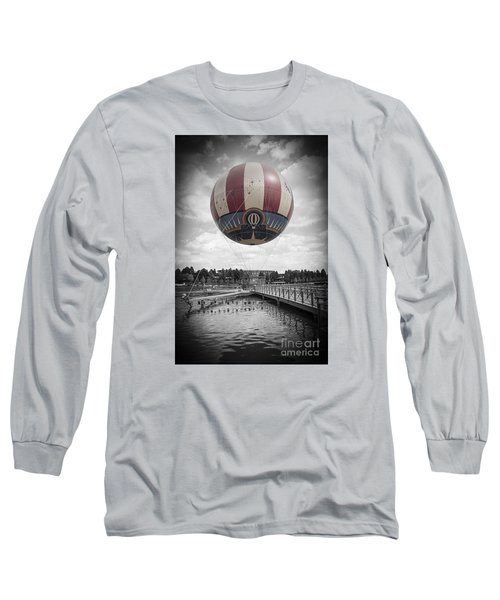 Panora Magique Long Sleeve T-Shirt by Roger Lighterness
