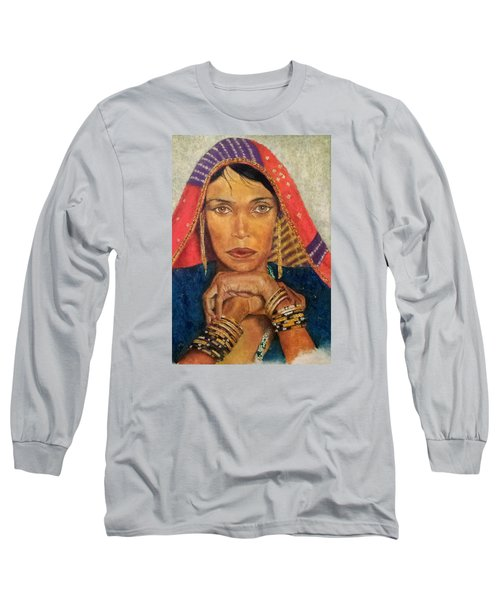 Queen Tahpenes  Long Sleeve T-Shirt by G Cuffia