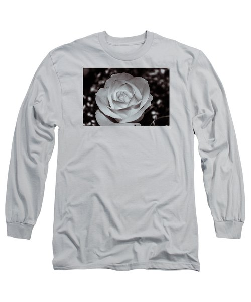Rose B/w - 9166 Long Sleeve T-Shirt