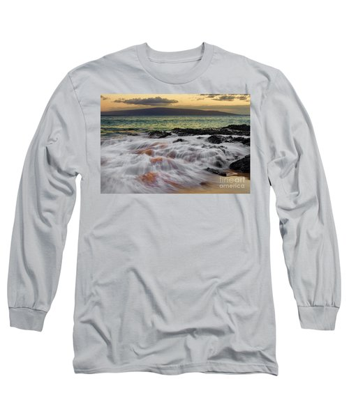 Running Wave At Keawakapu Beach Long Sleeve T-Shirt