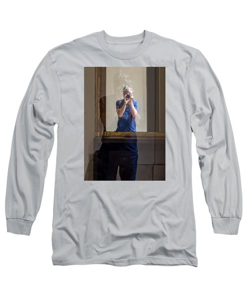 Shooting The Photographer Long Sleeve T-Shirt