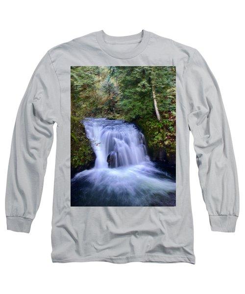 Small Cascade Long Sleeve T-Shirt