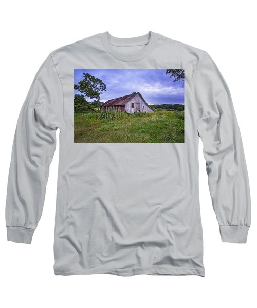 Smith Farm Barn Long Sleeve T-Shirt