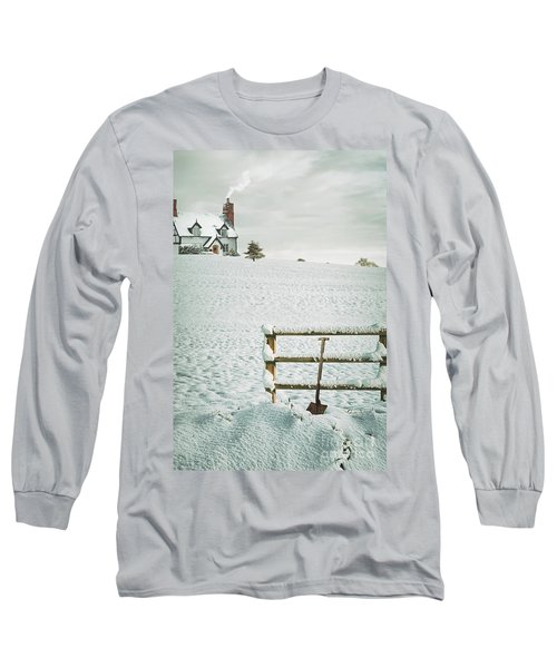 Spade Leaning Against Fence In The Snow Long Sleeve T-Shirt