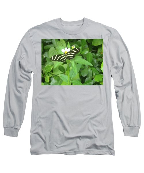 Swallowtail Butterfly On Leaf Long Sleeve T-Shirt