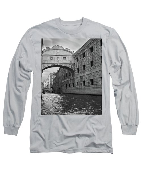 Long Sleeve T-Shirt featuring the photograph The Bridge Of Sighs, Venice, Italy by Richard Goodrich