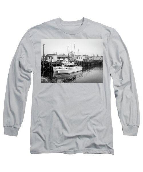 The Lorabee-1979 Long Sleeve T-Shirt