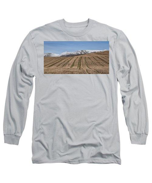The Ochil Hills In Clackmannanshire Long Sleeve T-Shirt