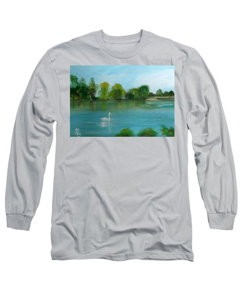 The River Thames At Shepperton Long Sleeve T-Shirt by Carole Robins
