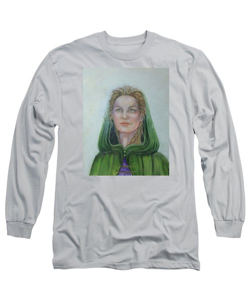 The White Rose Queen Long Sleeve T-Shirt