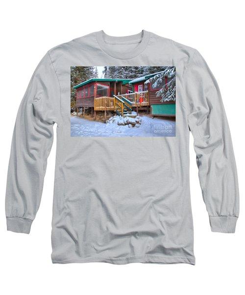 Winter At The Beauty Creek Hostel Long Sleeve T-Shirt