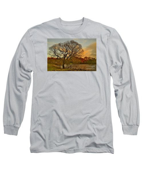 Winter Tree On The River Tweed Long Sleeve T-Shirt