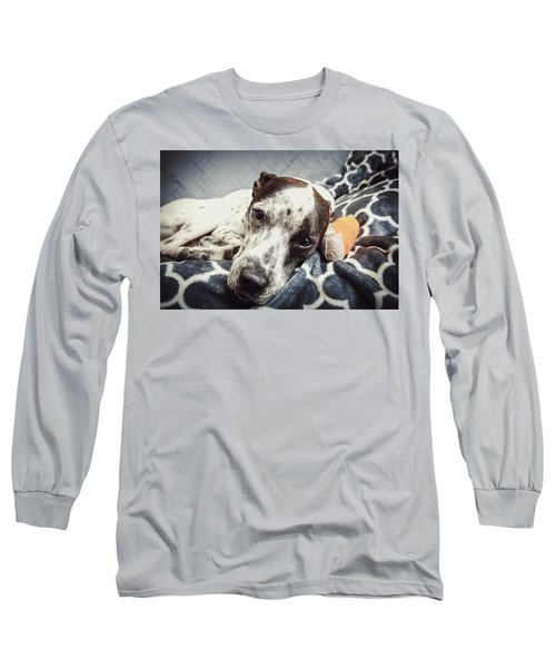 Abbey And Her Injured Paw Long Sleeve T-Shirt