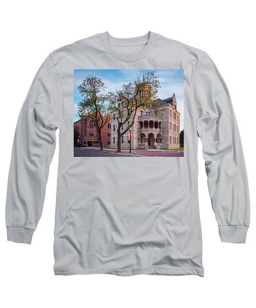 Architectural Photograph Of The Comal County Courthouse In Downtown New Braunfels Texas Hill Country Long Sleeve T-Shirt
