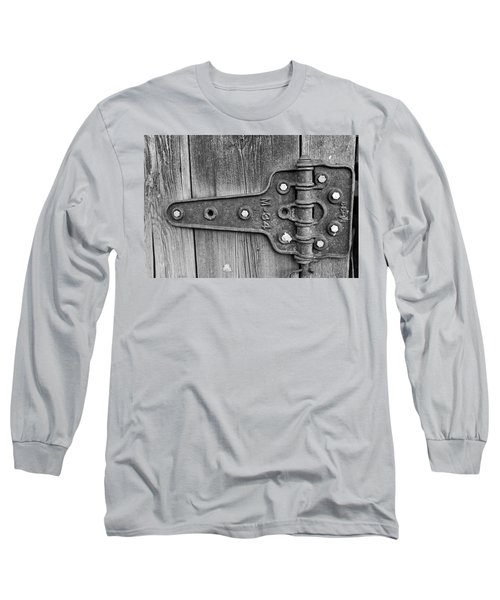 Barn Hinge Long Sleeve T-Shirt