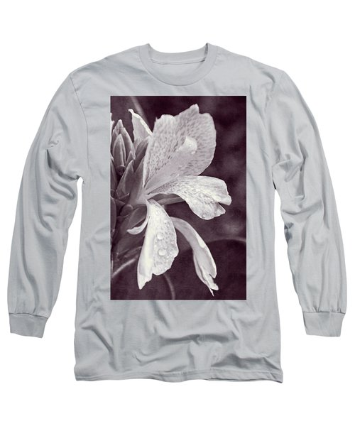 Long Sleeve T-Shirt featuring the photograph Floral Memories I by Leda Robertson