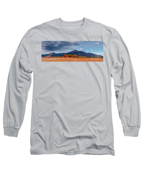 Panorama Of Ominous Clouds Above Pueblo Peak And Sangre De Cristo Mountains - Taos New Mexico Long Sleeve T-Shirt