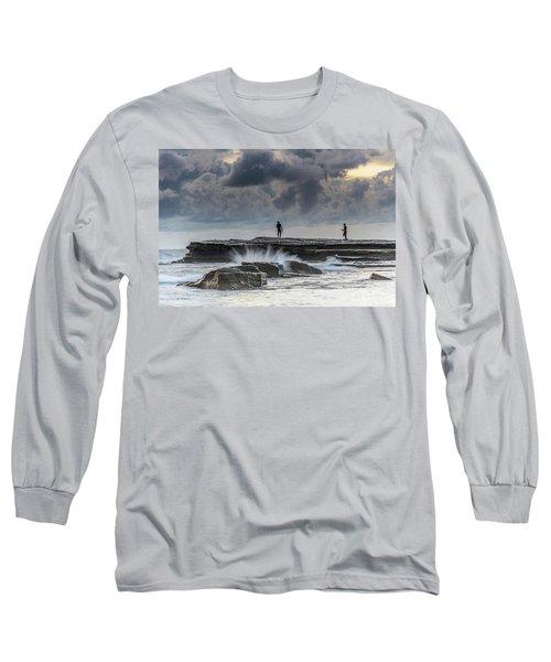 Rock Ledge, Spear Fishermen And Cloudy Seascape Long Sleeve T-Shirt
