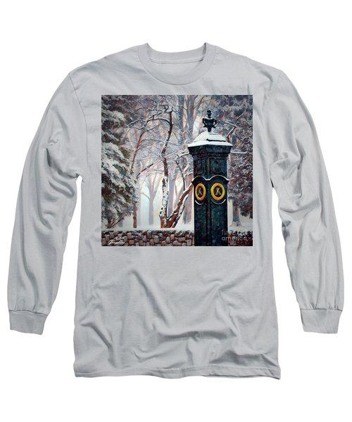 Snowy Keeneland Long Sleeve T-Shirt