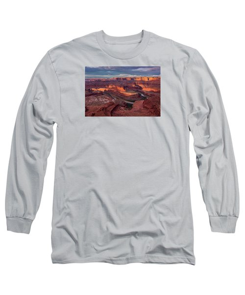 Sunrise At Dead Horse Point State Park Long Sleeve T-Shirt
