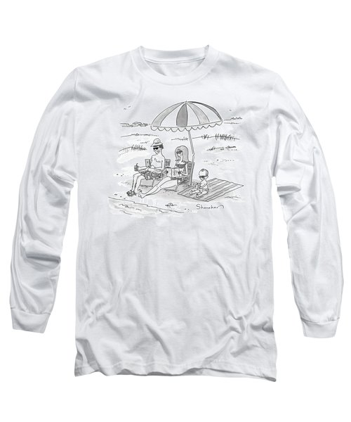 A Husband, Wife, And Their Toddler Sit Long Sleeve T-Shirt
