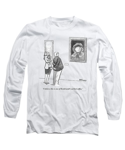 A Man And Woman Stand In A Museum Looking Long Sleeve T-Shirt