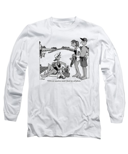 A Woman Talks To Two Of Her Friends On The Beach Long Sleeve T-Shirt