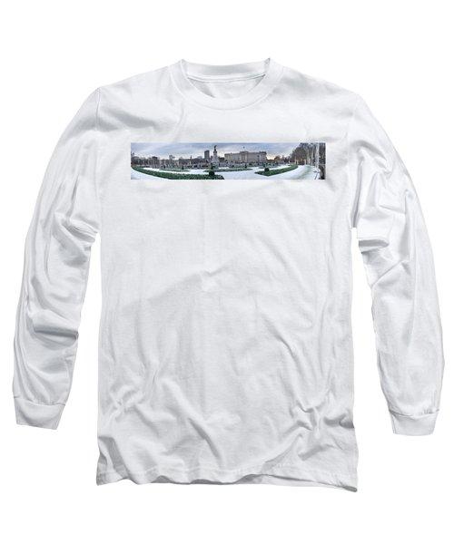Buckingham Palace In Winter, City Long Sleeve T-Shirt