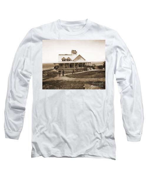 Casino At The Top Of Mt Beacon In Black And White Long Sleeve T-Shirt