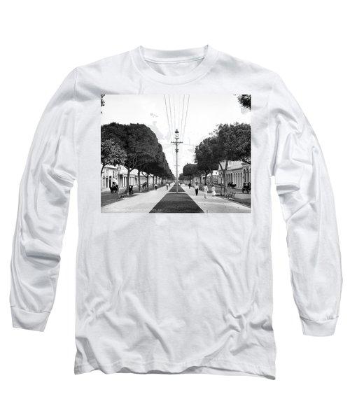Havana Prado, C1904 Long Sleeve T-Shirt