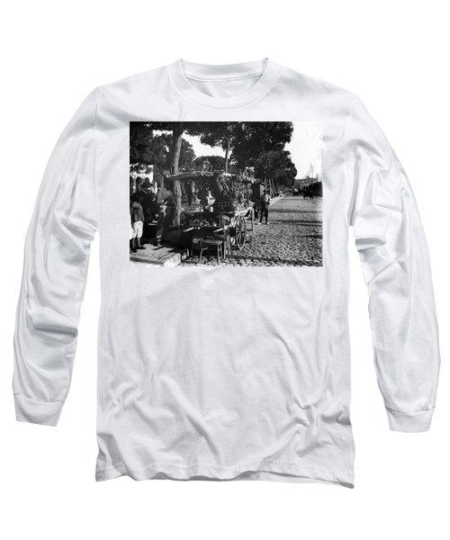 Havana Vendors, C1903 Long Sleeve T-Shirt