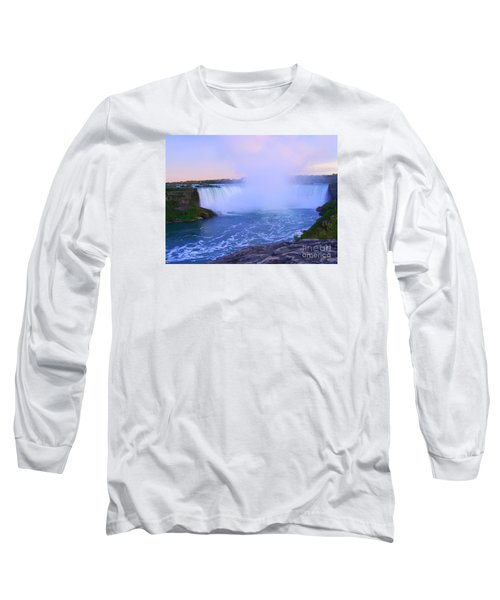 Horseshoe Falls Sunset In The Summer Long Sleeve T-Shirt by Lingfai Leung