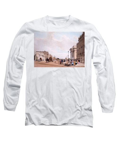 Hyde Park Corner, Looking Long Sleeve T-Shirt