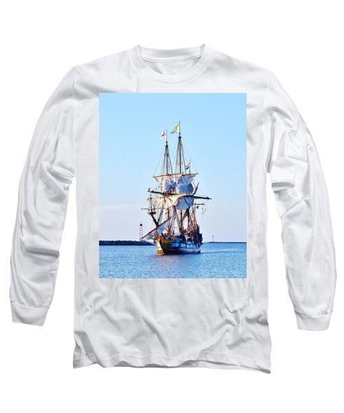Kalmar Nyckel Tall Ship Long Sleeve T-Shirt