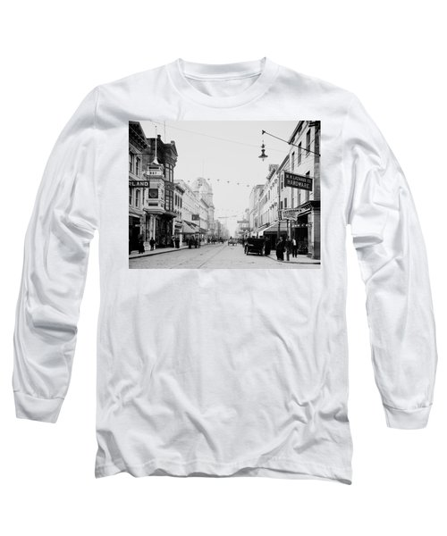 King Street In Charleston South Carolina Circa 1910 Long Sleeve T-Shirt by Mountain Dreams