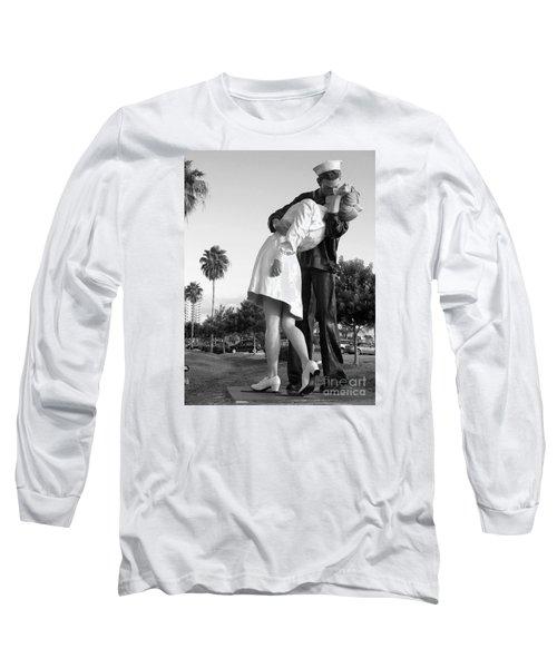 Kissing Sailor And Nurse Long Sleeve T-Shirt