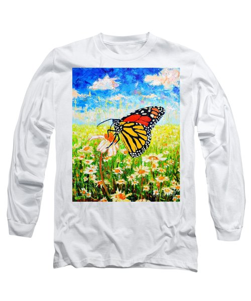 Royal Monarch Butterfly In Daisies Long Sleeve T-Shirt