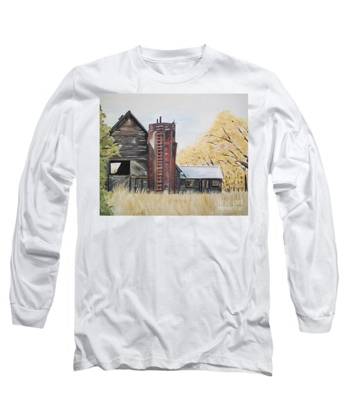 Long Sleeve T-Shirt featuring the painting Golden Aged Barn -washington - Red Silo  by Jan Dappen