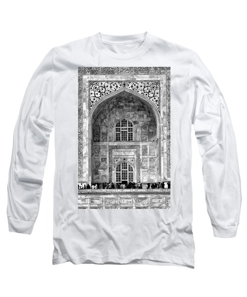 Taj Mahal Close Up In Black And White Long Sleeve T-Shirt
