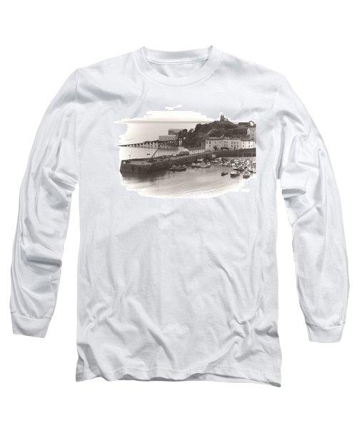 Tenby Harbour And Castle Hill Vignette Long Sleeve T-Shirt