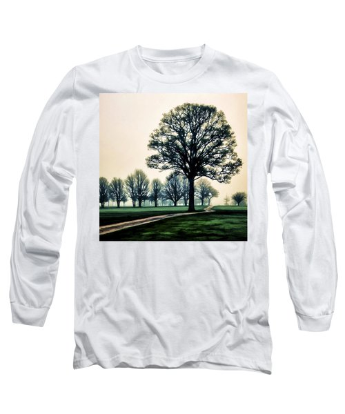 Tree At Dawn On Golf Course Long Sleeve T-Shirt