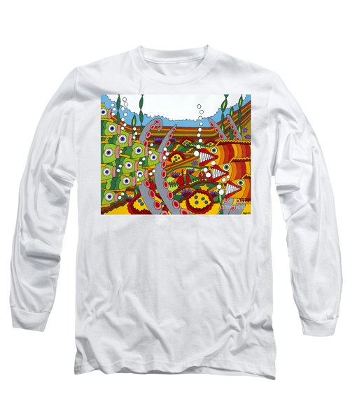 Vegetarians And Meat Eaters Long Sleeve T-Shirt