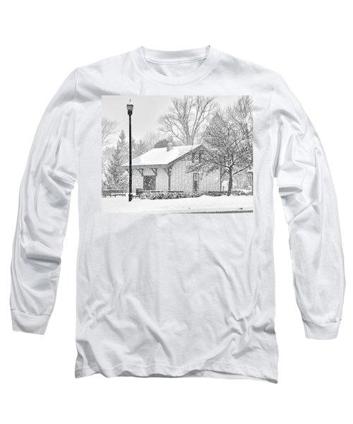 Whitehouse Train Station Long Sleeve T-Shirt