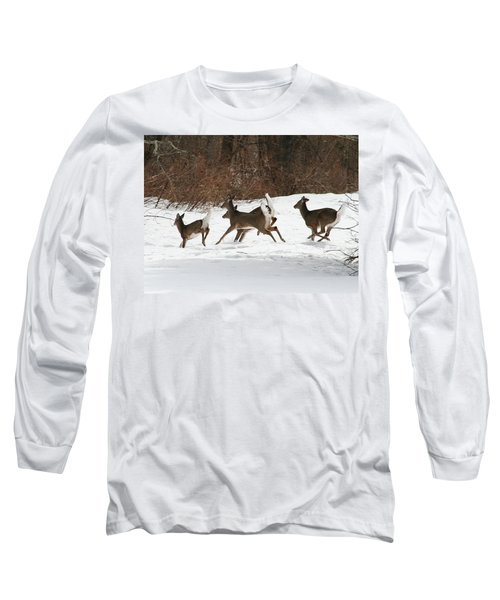 White Tailed Deer Winter Travel Long Sleeve T-Shirt