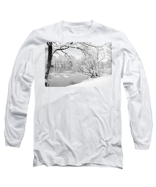 Winter Wonderland In Black And White Long Sleeve T-Shirt