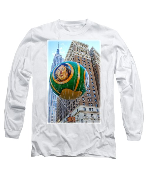 Wizard Of Oz In New York  Long Sleeve T-Shirt