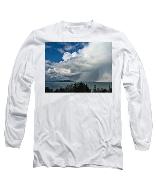 Long Sleeve T-Shirt featuring the photograph The Wall by David Gleeson